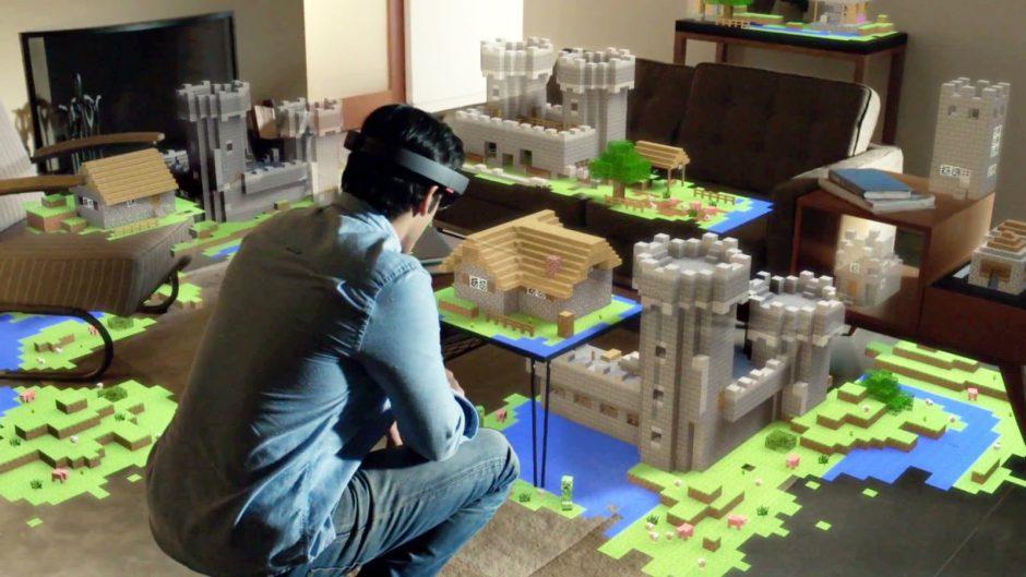 Phil Spencer afirma que las Microsoft Hololens funcionan a las mil maravillas