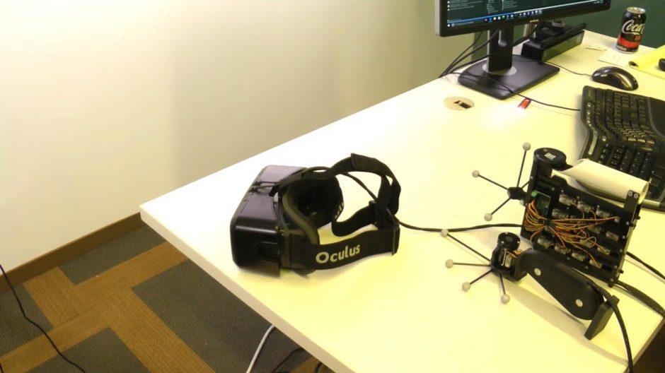 NormalTouch y TextureTouch, los mandos creados por Microsoft para sentir la realidad virtual