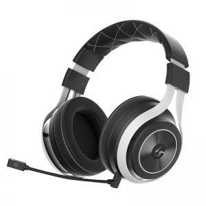 Así son los primeros auriculares oficiales de Xbox Scorpio
