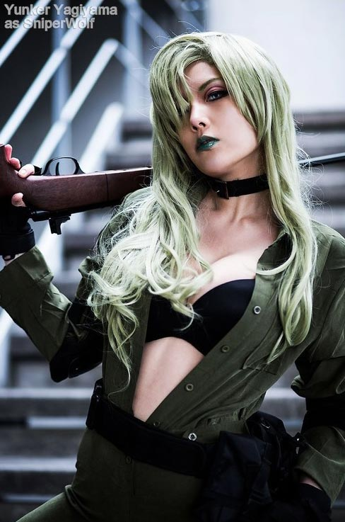 cosplay sniper wolf
