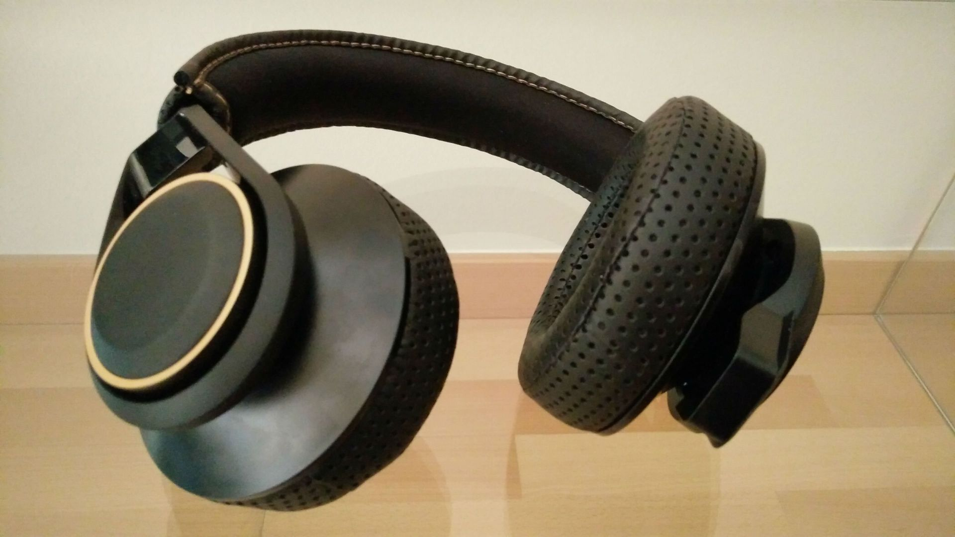 Plantronics RIG 600 con Dolby Atmos