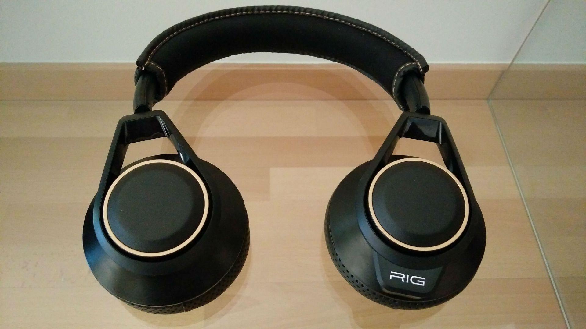 Plantronics RIG 600 con Dolby Atmos