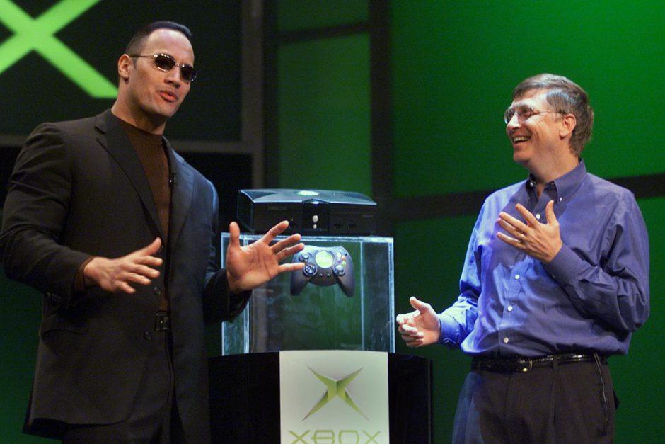 The Rock y Jason Statham regalan Xbox y años de Game Pass a niños enfermos