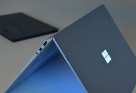 Microsoft trabaja en una Surface plegable compatible con Android ¿El futuro de Project xCloud?