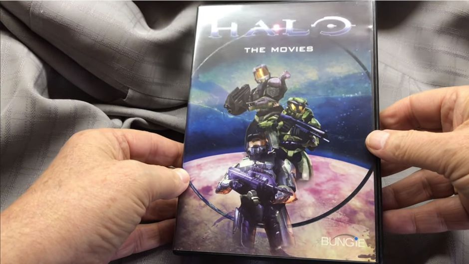 Marty O'Donnell reproduce un DVD de Halo Combat Evolved muy extraño