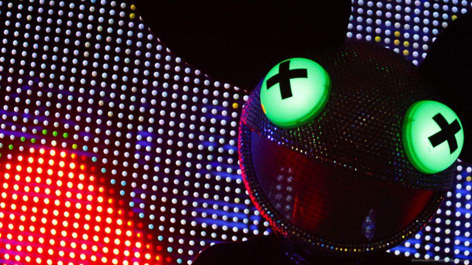Deadmau5 recibe su propia Xbox Series X personalizada