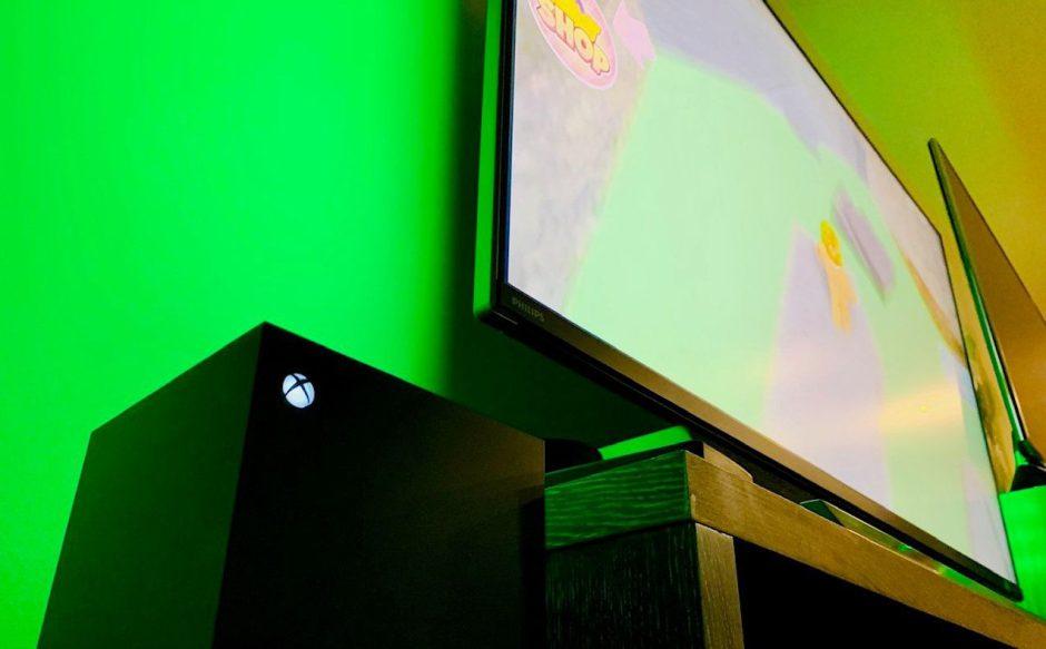 55″ Diseñadas para Xbox: Prueba a fondo del Monitor Gaming Phillips Momentum 559M1RYV