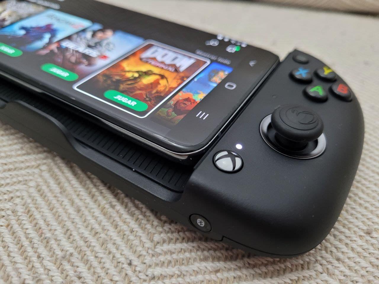 Un mando que cuenta con el sello oficial de Xbox y estrictamente preparado para jugar a Cloud Gaming vía Xbox Game Pass. Te contamos todo sobre el MG-X.